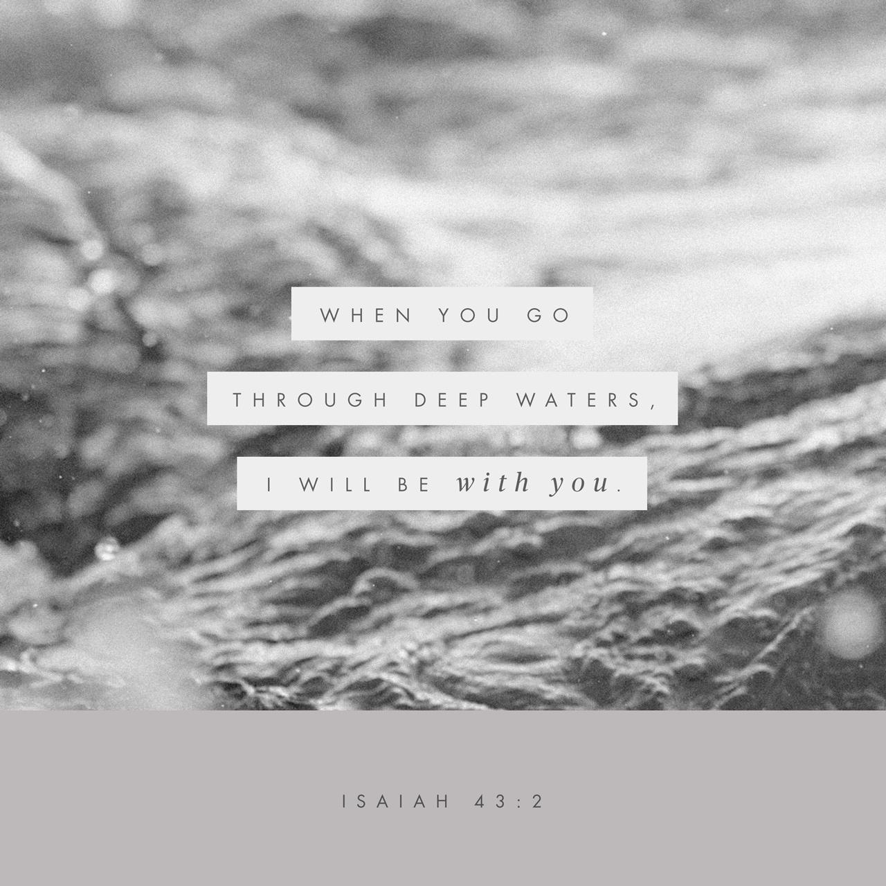 Black & White: Read - Romans 8:18