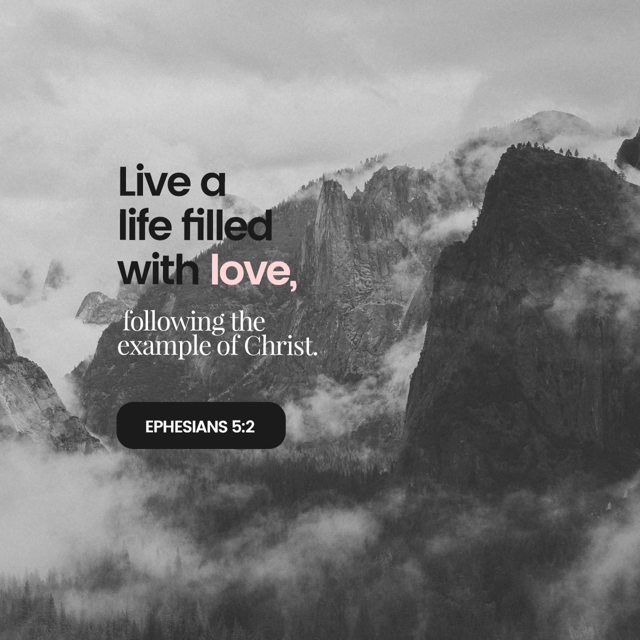 Black & White: Read - Ephesians 5:1-2